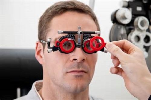 Линзы лечат зрение