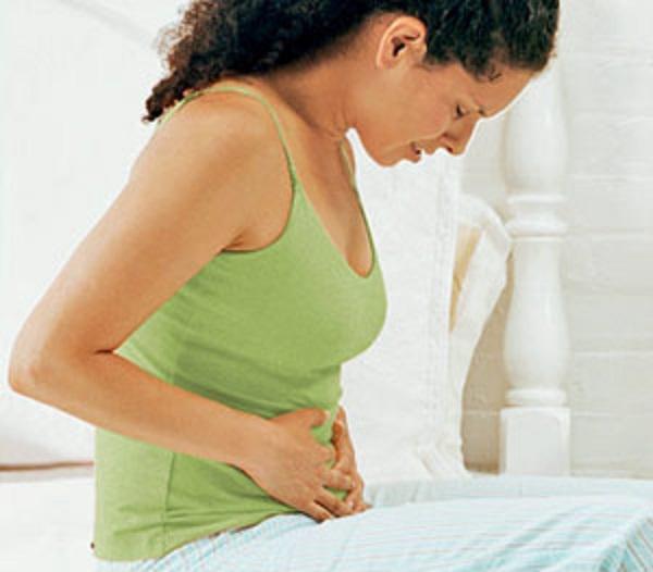 Жалобы у больных появляются с 25-30-летнего возраста