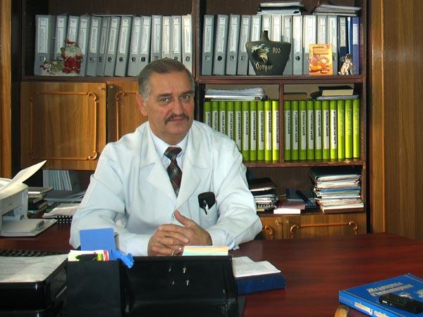 Садовець Виктор Федосеевич - заместитель главного врача по организационной и методической работе
