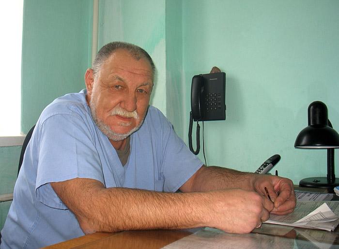 Валерий Константинович Худов - заведующий отделением плановой хирургии.