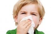 Как справляться с детскими простудами зимой
