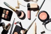 Как правильно хранить косметические средства