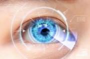 Что такое синдром сухого глаза и почему его связывают с линзами?