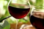 Ежедневное употребление вина лучше справляется с возрастными проблемами