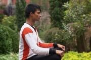 Человек-батарейка из Шри-Ланки, призывает к отказу от пищи