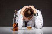 Неврологи назвали главную причину алкоголизма